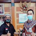 PD. IWO Prabumulih, Berikan Sovenir Madu Kepada Kacab Bank Sumsel Babel Prabumulih
