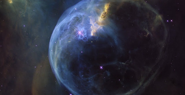 The Bubble Nebula, also known as NGC 7635, is an emission nebula located 8 000 light-years away. This stunning new image was observed by the NASA/ESA Hubble Space Telescope to celebrate its 26th year in space. Credit: NASA, ESA, Hubble Heritage Team