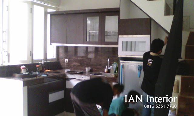 Proses Pembuatan kitchen set Sidoarjo
