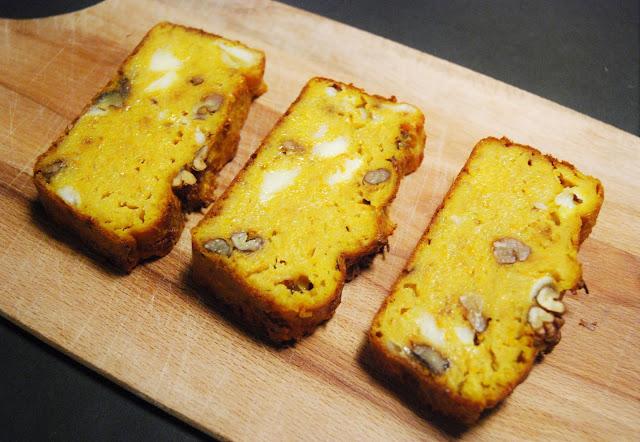 Cake salé aux carottes et fromage de brebis