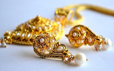 toko perhiasan emas 24 karat Jakarta