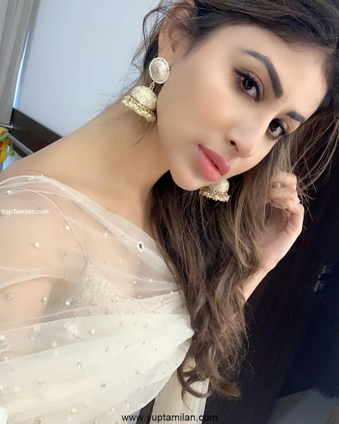 Mouni Roy Latest Photos:HD Images,Pictures