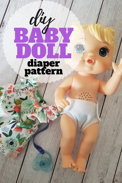 Dress that baby doll with this super simple felt doll diaper pattern.