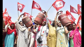 farmer-protest-for-petrol-disel-gas-price-hike