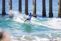 30 Filipe Toledo Vans US Open of Surfing foto WSL Kenneth Morris