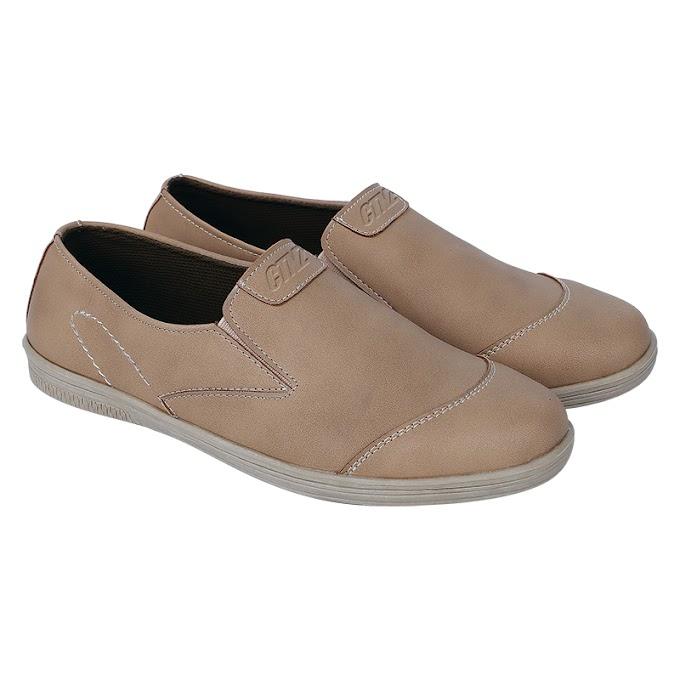 Sepatu Casual Pria Catenzo UK 1623