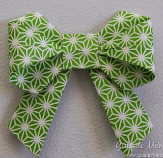 http://www.guiademanualidades.com/mono-de-origami-paso-a-paso-33211.htm#more-33211