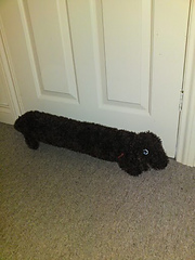 Knitting Pattern For Dog Draught Excluder : Miss Julias Patterns: Free Patterns - 19 Door Draft Dodgers to Knit &...
