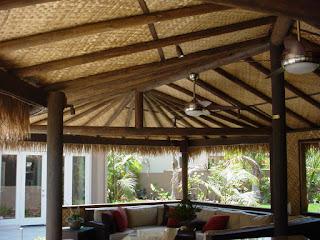memakai materi alami sebagai desain interior niscaya terdengar aneh  60 Ide Desain Plafon Bambu Modern