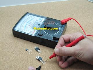 Alat ukur elektrik multimeter