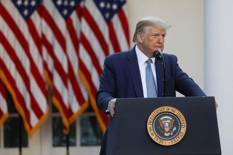 Donald Trump, Coronavirus