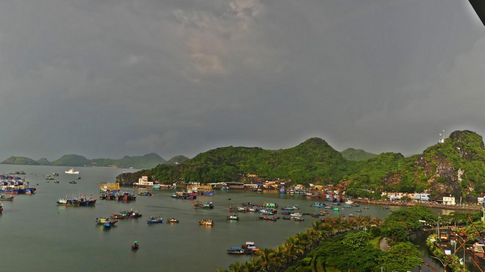 noclegi na Cat Ba w wietnamie, zatoka