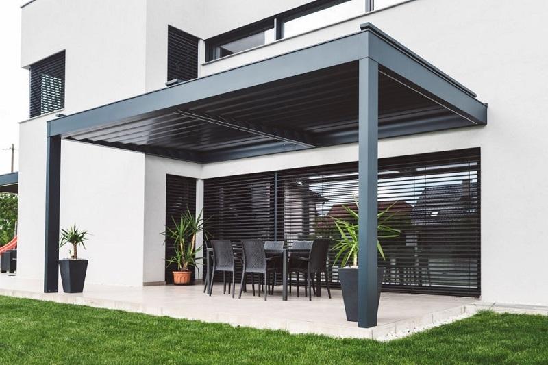 outdoor-blinds