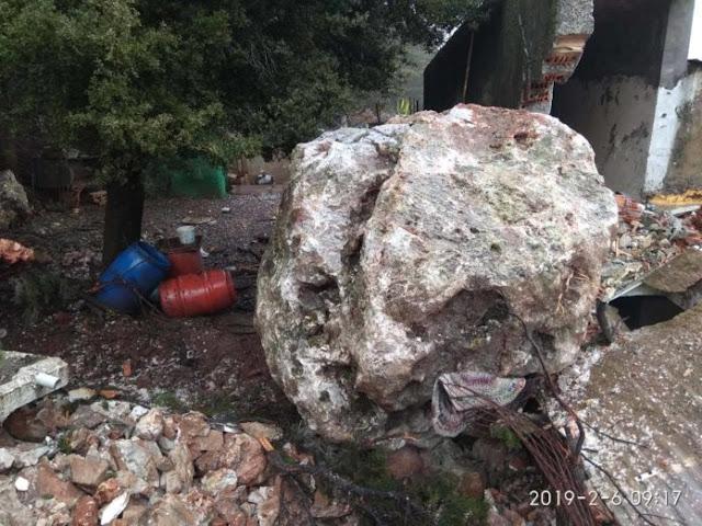 Πτώση βράχου 25 τόνων σε σπίτι - Από θαύμα γλύτωσε γυναίκα