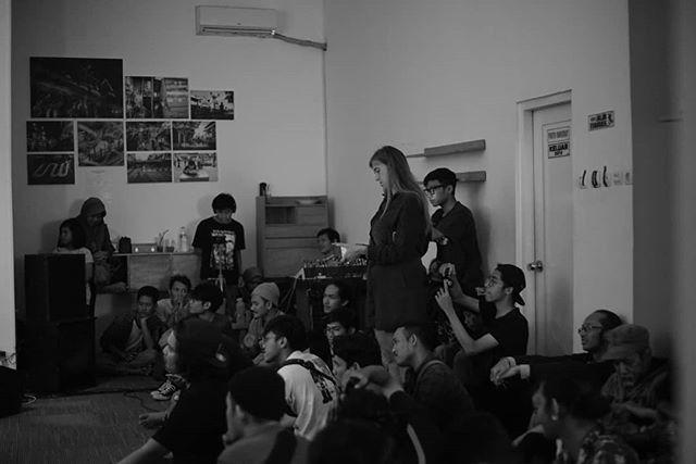 Pengunjung Menikmati Gelaran Cross Culture Project