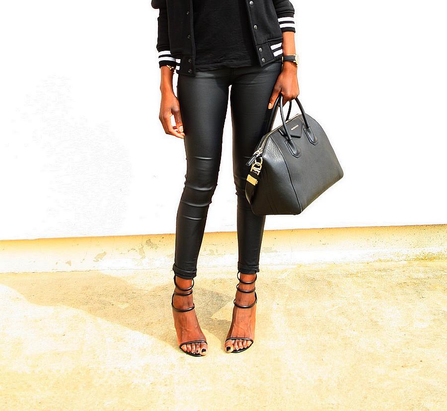 givenchy-antigona-blouson-teddy-american-apparel-jeans-enduit-sandales-lanieres