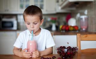 حيل ذكية لإدخال الحليب إلى غذاء طفلكِ بشكل غير ظاهر!