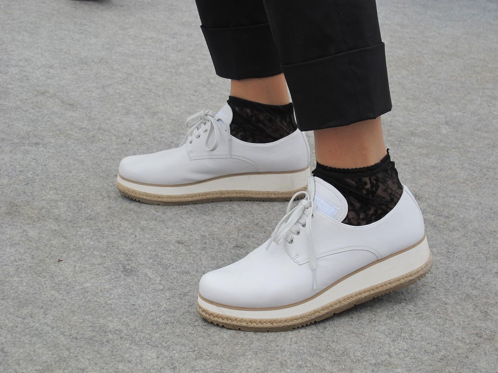 033a7feb75edcb The chaussures: Derby blanche , semelle en corde