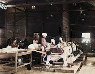 ruangan di pabrik karet batang toroe estate