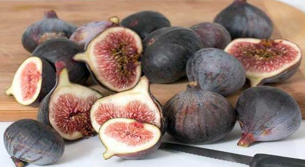 Home remedies the fruit Fig which can make you look beautiful