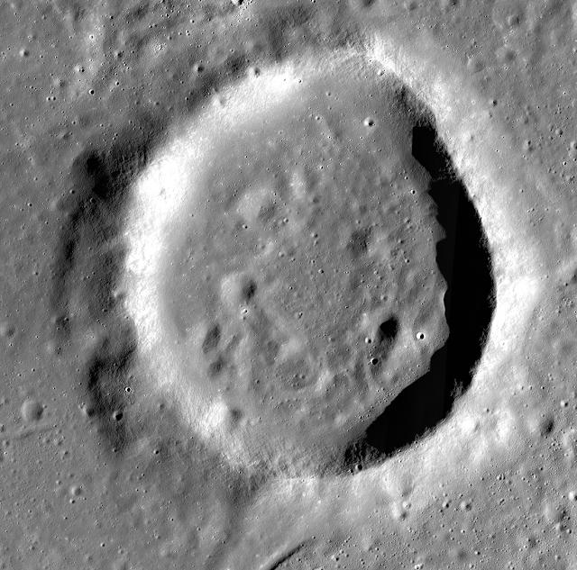 Cratera de Gauss W