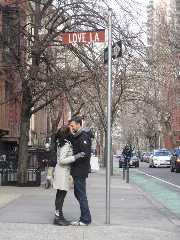 NYC Orava  Aamiainen Tiffanylla 99d1087995