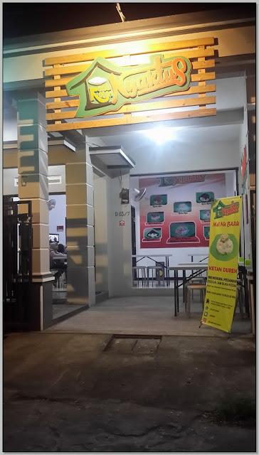 """Tempat Nongkrong di Sidoarjo : """"Kedai Ketan Nyaktus"""""""