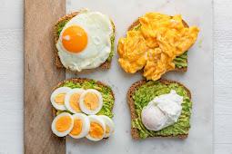Avocado Toast with Egg – 4 Ways