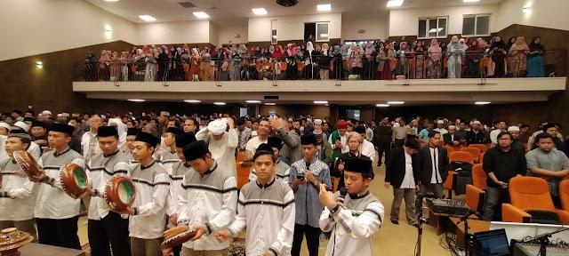 Maulid Nabi di Sholah Kamil, Dr. Jamal Faruq Ajak Perbanyak Baca Shalawat