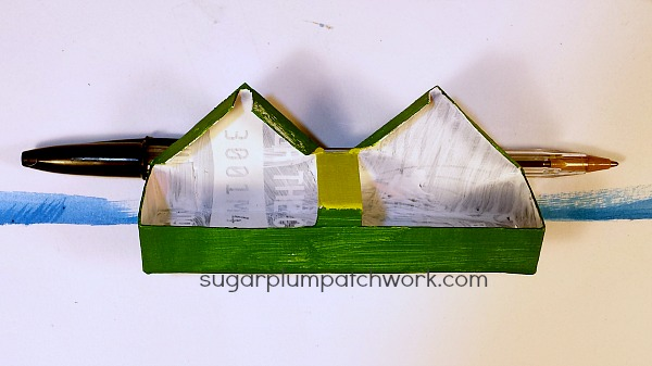 green glitter house roof section
