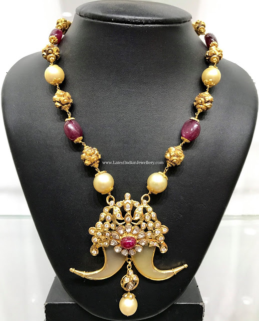 Puligoru Necklace with Nakshi Balls
