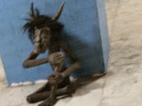 Boneka Misterius Teror Warga Jurong West