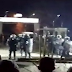 Έβγαλαν όπλα και πυροβολούν οι Τούρκοι στρατιώτες  για να αναγκάσουν τους αλλοδαπούς να μπουν στην Ελλάδα.(ΒΙΝΤΕΟ)
