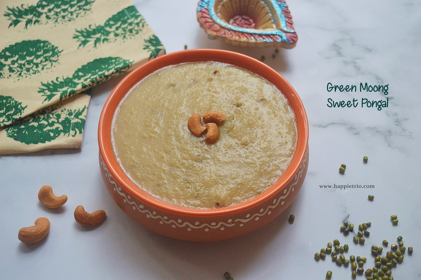 Green Moong Sweet Pongal | Pachai Payaru Kakkarai Pongal