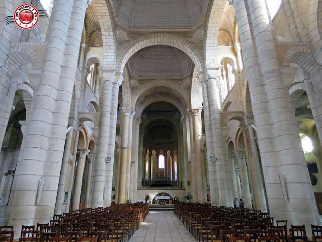 Poitiers - Iglesia de San Hilario