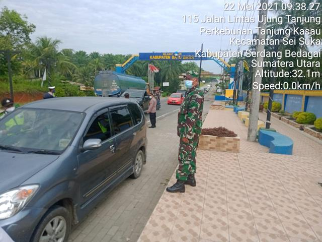 Pos Pam Diwilayah, Personil Jajaran Kodim 0208/Asahan Laksanakan Check Point 1 Ops Ketupat Toba 2021