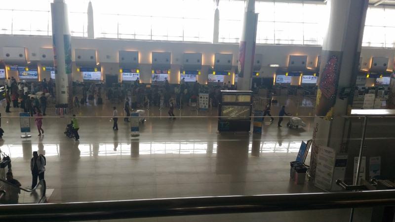Konter Check In Tiket Pesawat di Bandara Juanda T2