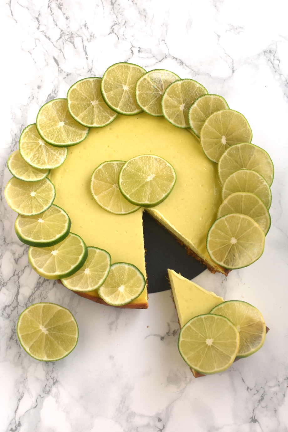 Lime yogurt cheesecake