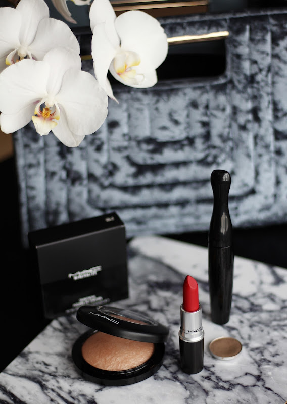 Mac cosmetics classic products makeup review ruby woo soft&gentle