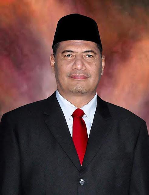 Bupati Dompu Drs H Bambang M Yasin