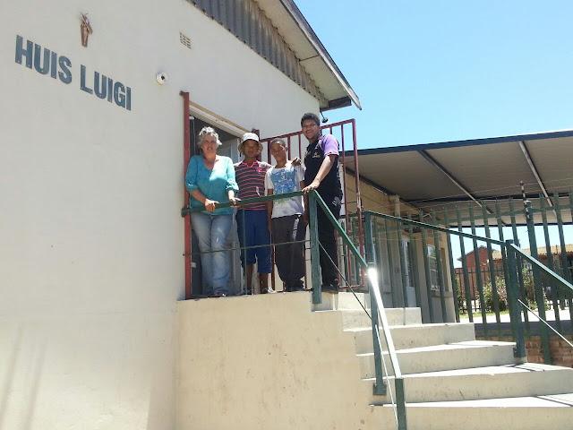 Hollywoodbets Oudtshoorn team at the St Luigi Scrosoppi Sorgsentrum - Social Responsibility Programme