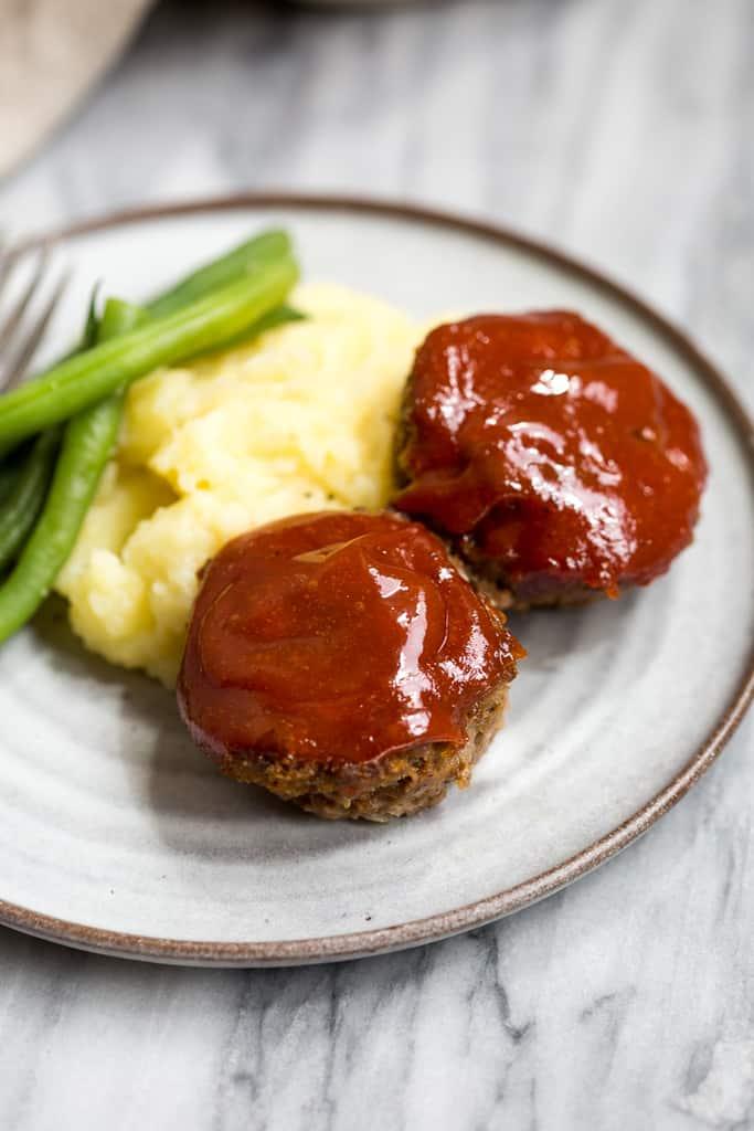 MINI MEATLOAF MUFFINS #muffins #dinner #familyrecipes #food #meatloaf