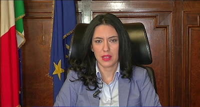 ministra Lucia Azzolina live non è la D'Urso 29 novembre