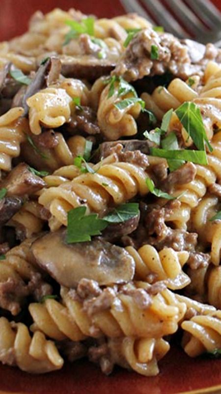 One Pot Ground Beef Stroganoff #recipes #pastarecipes #easypastarecipes #food #foodporn #healthy #yummy #instafood #foodie #delicious #dinner #breakfast #dessert #lunch #vegan #cake #eatclean #homemade #diet #healthyfood #cleaneating #foodstagram