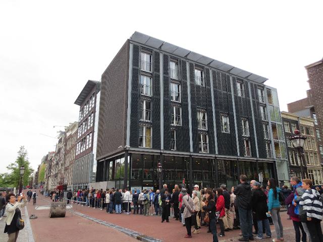 Cruzeiro pelos canais e Casa da Anne Frank em Amsterdã