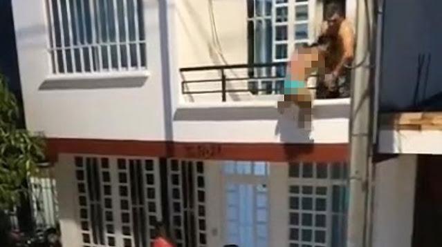 Digerebek Pacar, Aksi Nekat Pria Turunkan Sel*ngkuhan Lewat Balkon Viral
