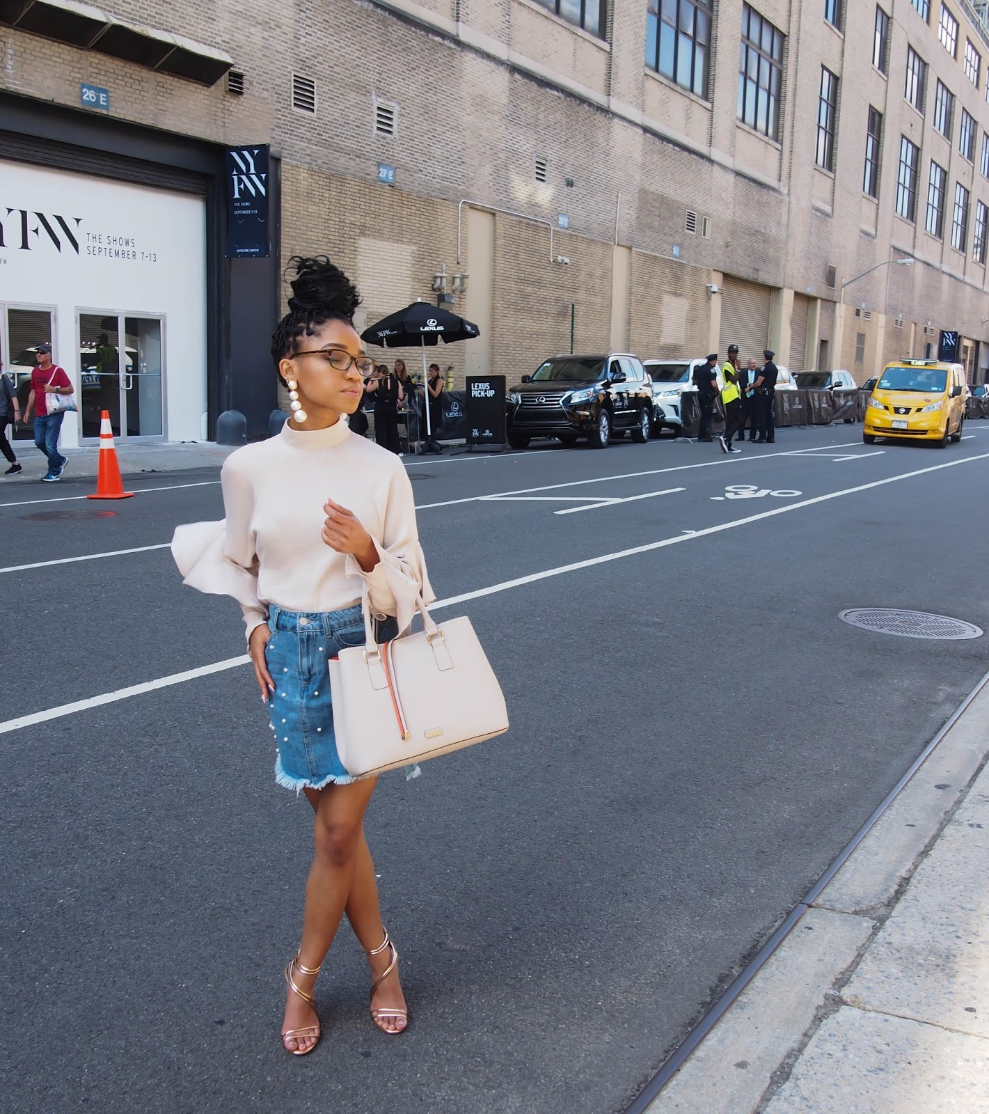 NYFW, NYFW streetstyle, NYFW 2019, NYFW Tickets, New York Fashion Week, Steve Madden, Rose Gold Heels, Aldo Shoes, Aldo Purse, Pearls, Pearl Earrings, Moon and Lola, Jean Skirt, Box Braids, Satin Blouse, H&M, The Strong Suit, NC Blogger