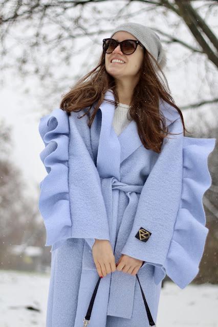 Zimowy styl * wełniany falbaniasty płaszcz idealny na zimowe ulice