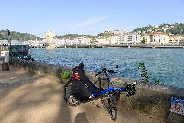 De Paris à Narbonne en vélo, Vienne
