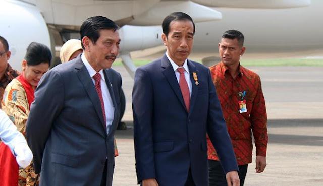Dipanggil Ke Istana, Jokowi Suruh Luhut Cari Kuburan Massal.